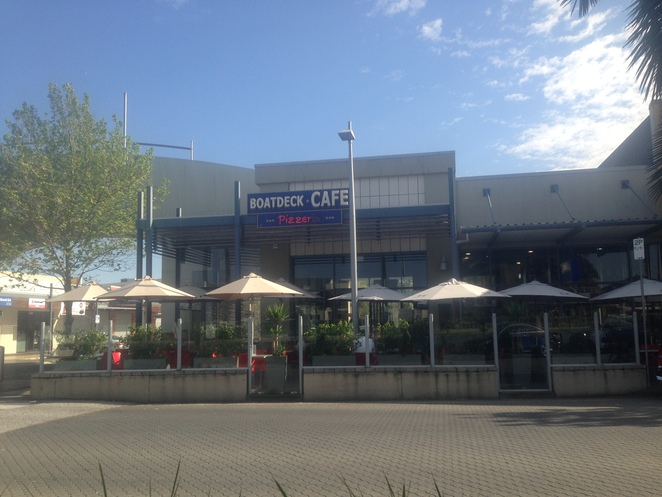 Boatdeck Cafe Mawson Lakes