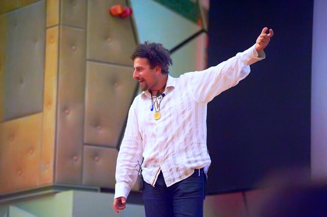 David Wolfe, David Wolfe Australian Tour 2017, David Wolfe Gold Coast, David Wolfe Byron Bay, super foods, detox, cleansing, earthing, raw food, super food, organic food, SuperHealth, Earthing Oz, Clearlight saunas, SuperFeast, ONE Group, E3Live Australia