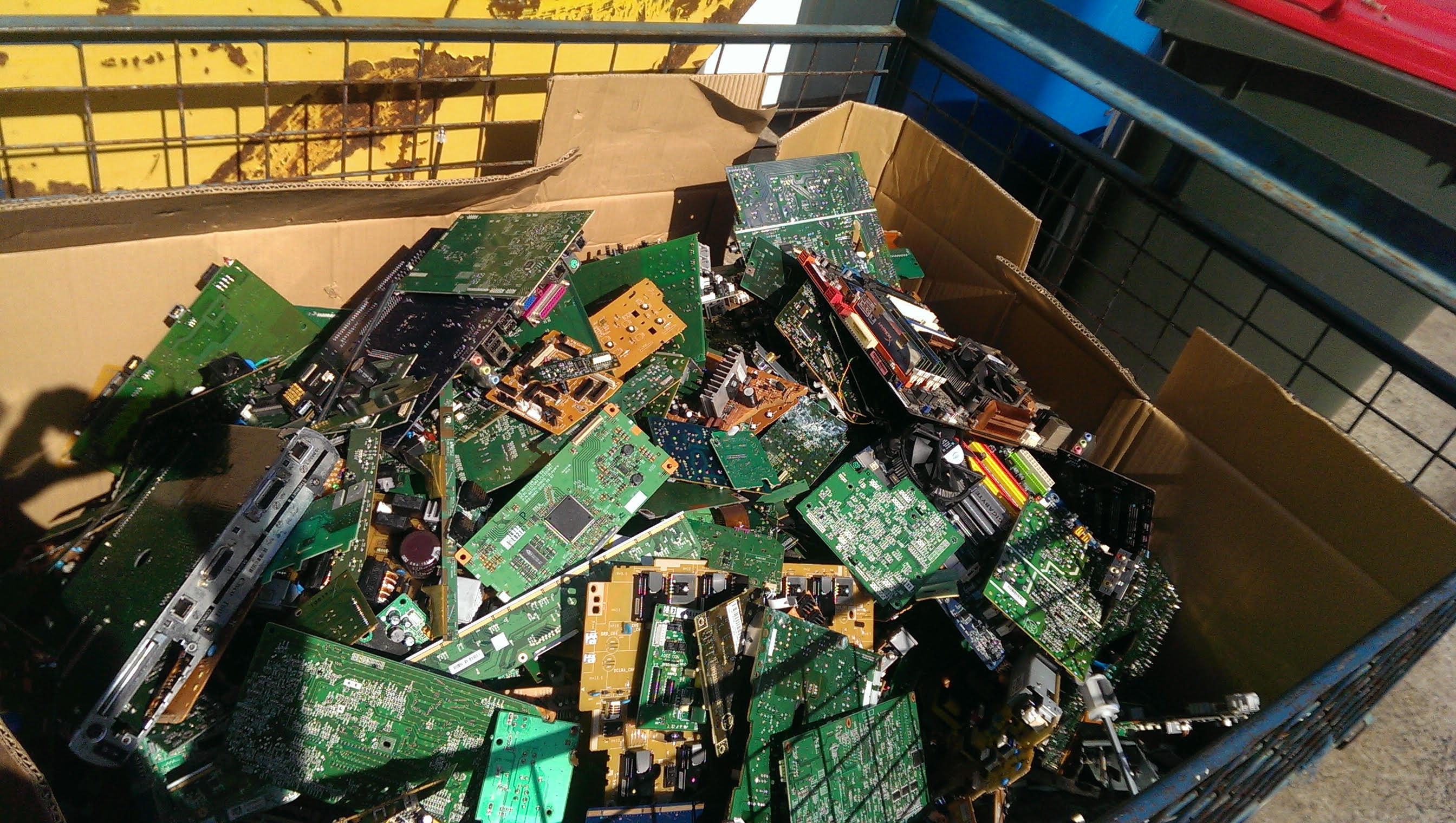 Substation 33 Recycling Electronics Brisbane By Lynne
