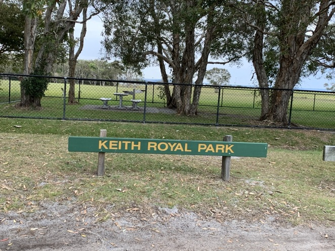 Keith Royal Park, Marcoola, Betty Sykes Wallum Garden, Restoring the Wallum in Keith Royal Park, Sunshine Coast Wildflower Festival's free guided walks and activities, dog friendly, plenty of parking, wallum ecosystems, provides habitat for a variety of delicate wallum plants, learn more, join Wallum Native Garden group, off-lead dog park, paved path for cyclists and walkers, cricket, footy, contemporary children's playground, undercover picnic, birthday celebrations, toilet facilities, plane enthusiasts, AvGeeks, plane spotting