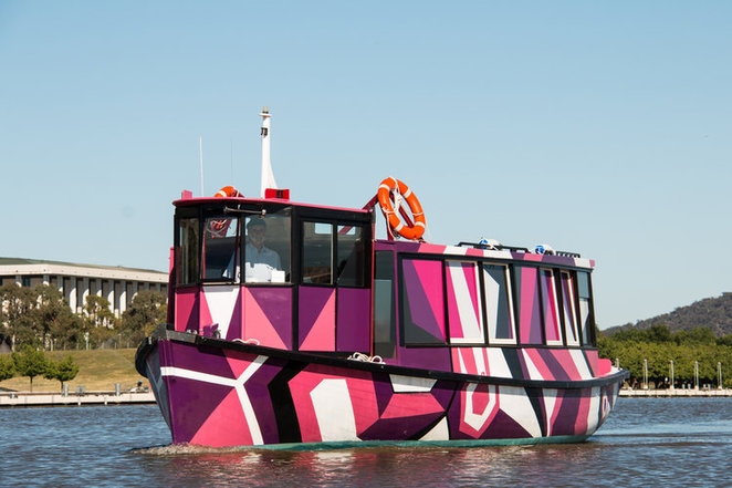 lake burley griffin cruises, in plain sight, katy mullins, contour 556, canberra, cruises, tours, lake burley griffin,