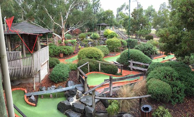 Mini golf, crazy golf, putt putt, adventure golf, golf, Mini golf in Melbourne,