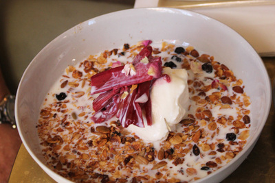 mocan green and grout, granola, canberra's best breakfast, canberra cafes