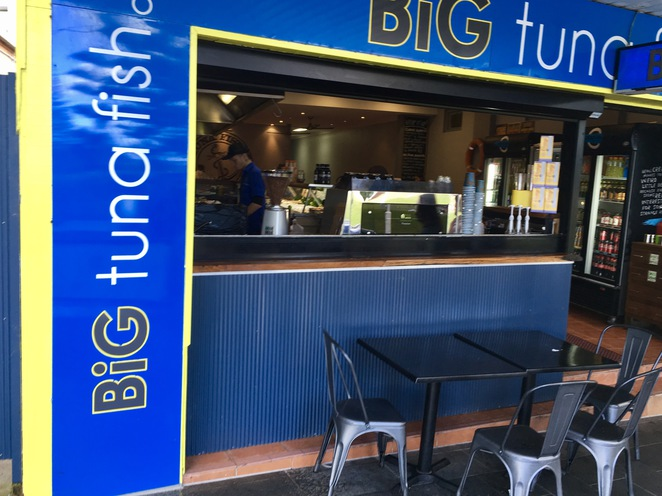 Outdoor seating Big Tuna Fish Co, the Entrance, Central Coast, fish and chips, fresh seafood, licensed seafood restaurant