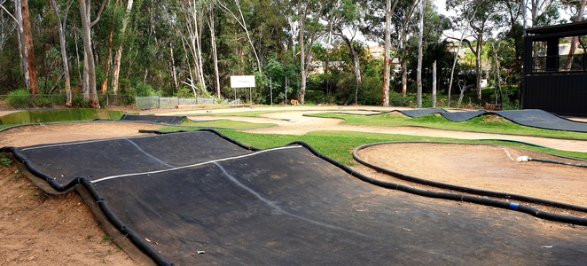 Park, free, family, nature, remote control cars, play, Castle Hill