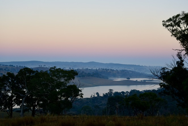 Sunrise in O'Connell, Kindled, Image by Jade Jackson, stay in a tiny house, Bathurst accommodation, off the grid accommodation, lake view house