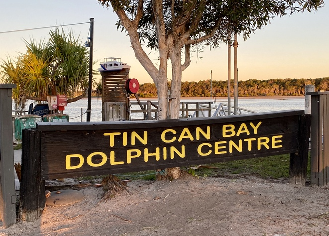 Barnacles Dolphin Centre sits on a beautiful estuary in Tin Can Bay