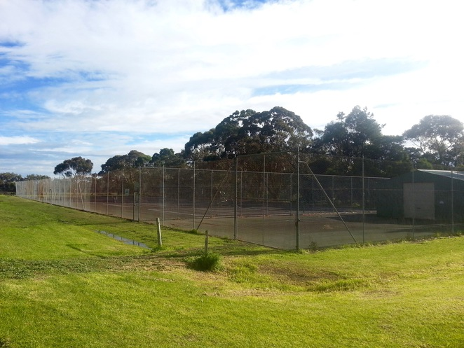 Wallington Tennis courts, Australia