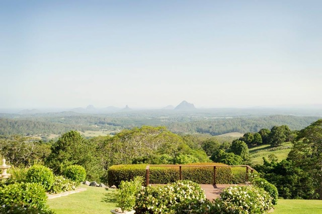 Weddings with views, sunshine coast hinterland, views to beach, views to hinterland, views to Glasshouse Mountains, spectacular views, dream weddings, chapels, accommodation for wedding guests