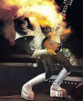 ace frehley, kiss, guitar, fire