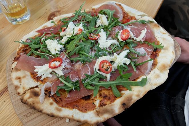 Beach Road Wines, McLaren Vale, outdoor dining, adelaide, wine region, wine state, wood oven pizza, tourism, SA, prosciutto pizza
