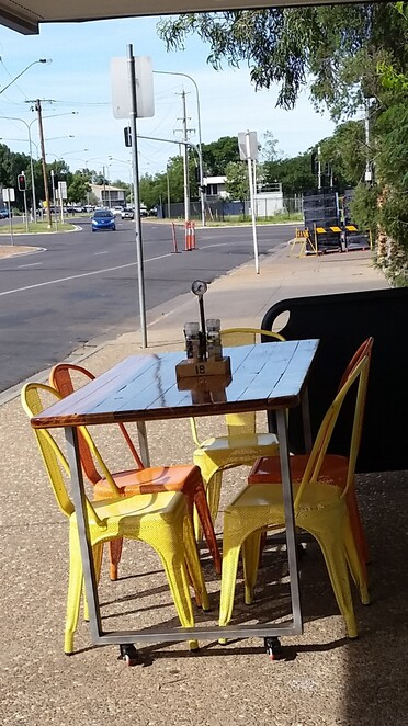 coffee, cafe, Mount Isa, Queensland, outback, specialty coffee, vegetarian, healthy food, The Xtra Mile Mount Isa