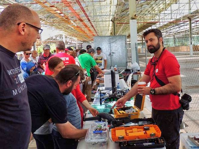 maker faire adelaide, maker faire, things to see and do, free things to do, fun things to do, fun for kids, activities for kids, family friendly, tonsley, drone races