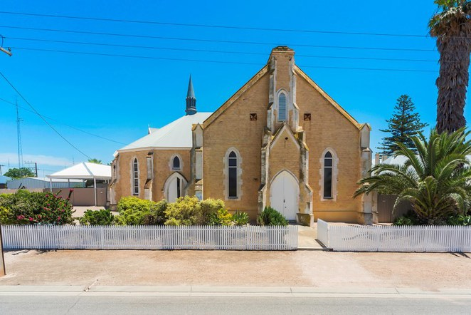 methodist church Wallaroo, historic building, stone church, chruch for sale, historic buildings in SA, churches,