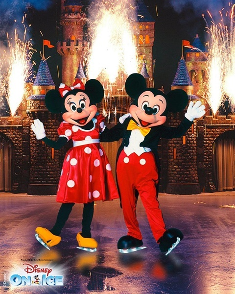 Mickey,and,Minnie