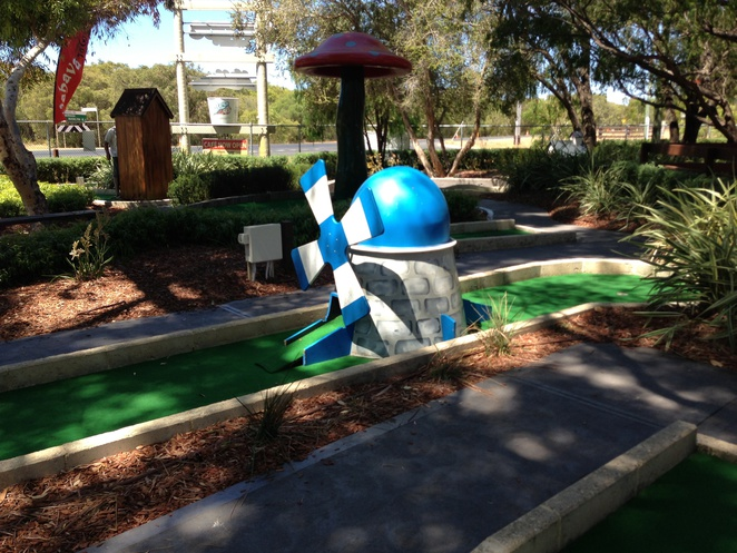 Mini golf in perth