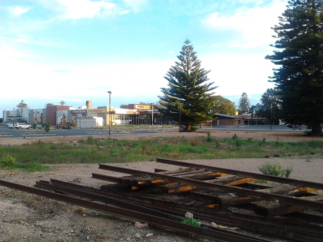 railway lines, Wallaroo, Foodland car park