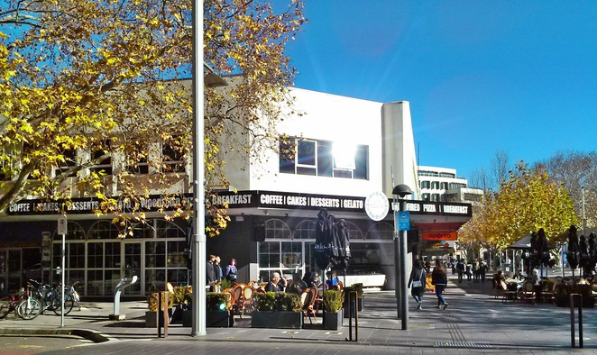 via dolce, canberra, bunda street, patisserie, cakes, breakfast, lunch, dinner, cafe, restuarant, wood fired pizza, milkshakes, italian,