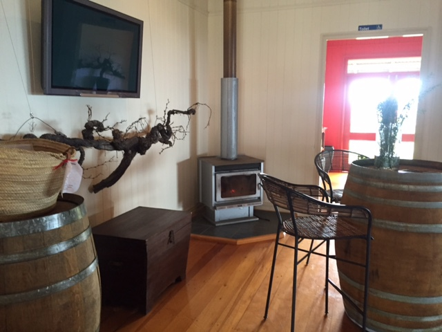 Flame Hill Vineyard, Montville, Blackall Range,Luxury accommodation, restaurant, wine-tasting, views, weddings, events