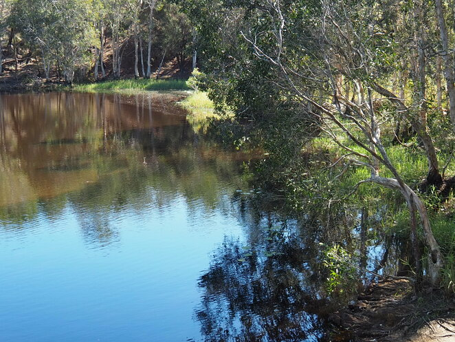 Hemmant, Tingalpa, Hemmant Quarry Reserve, lake, walking tracks