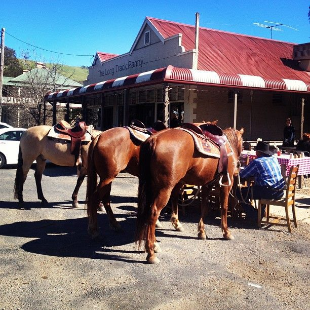 Hume Highway Pit Stops