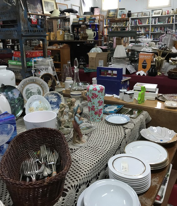 opportunity, shopping, healesville, second hand, op-shop, day trip, treasures, yarra valley