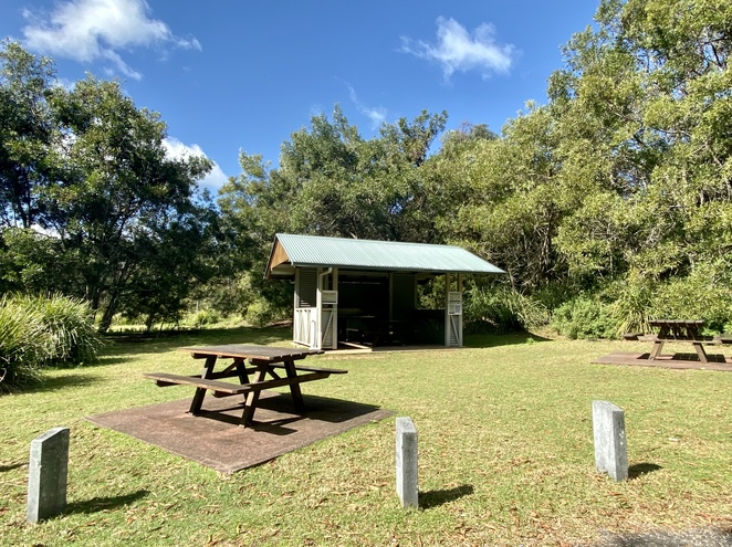 A picnic area with electric BBQs is provided near the entrance to the campground