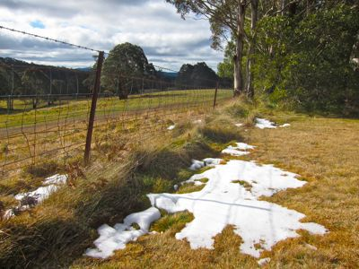 Snow between Oberon and Jenolan, Central West NSW