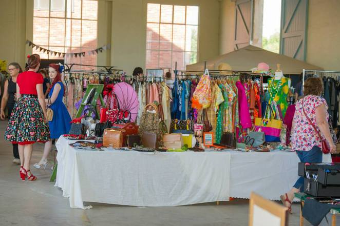 Three Sixty Markets, Canberra, markets in canberra, second hand clothing, retro clothes market, vintage clothes,