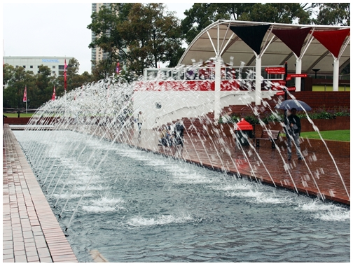 Tumbalong park fountain, darling harbour, water feature, sydney