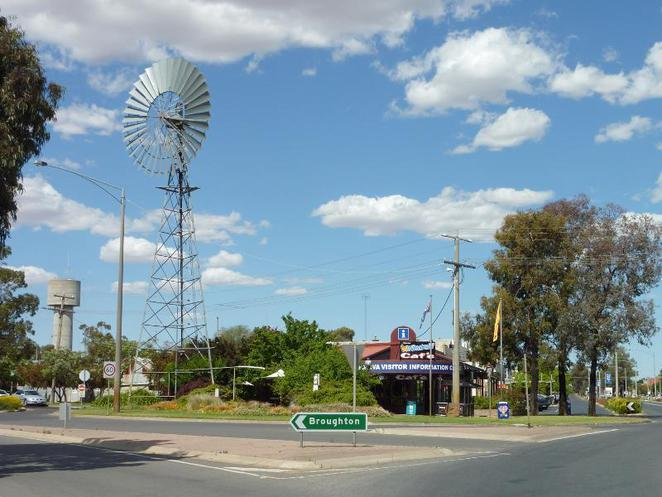 Kaniva Windmill Cafe and Visitor Centre