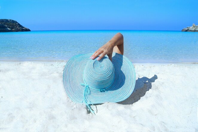 blue,ocean,sea,tropical,woman,hat,water,sand,holiday