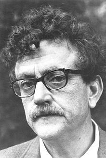kurt vonnegut, Kurt Vonnegut Jr., sci fi author, authors born in November, Slaughterhouse Five