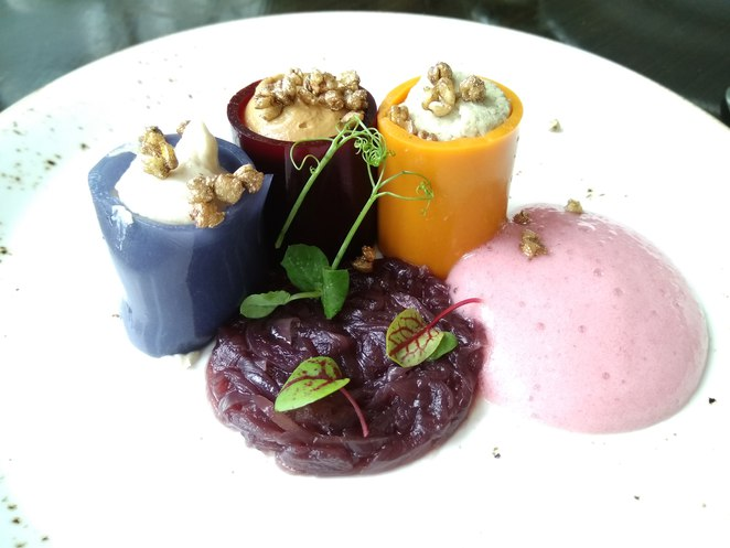 Ukrainian masterchef, chef iurii kovryzhenko, world gourmet summit 2017, fine dining ukraine cuisine, jellied oxtail beetroot, ukraine fine dining