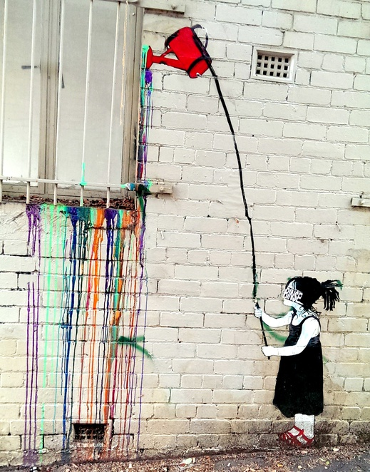 Walking down Johnston Street with Your children can be a fabulous way to appreciate free street art.