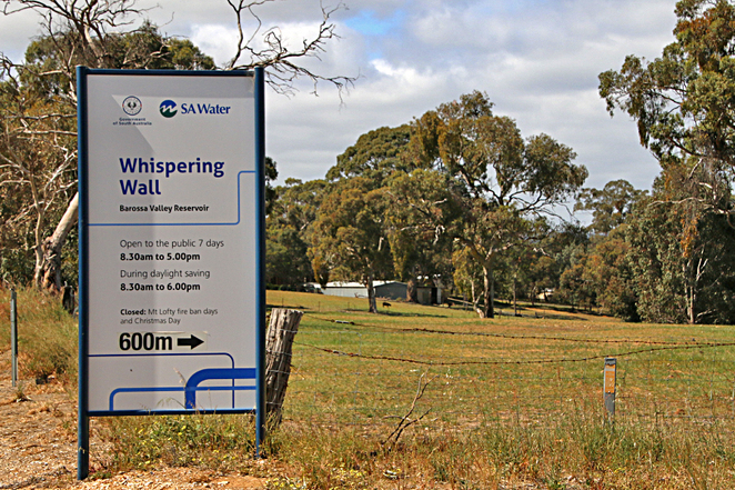 Whispering Wall Sing Post