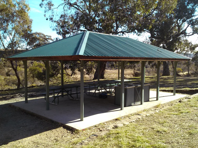BBQ area, Molonglo Gorge recreation area