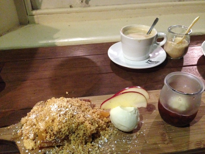 best apple crumble adelaide, dessert bars adelaide, astonish patisserie adelaide, date night adelaide, coffee adelaide