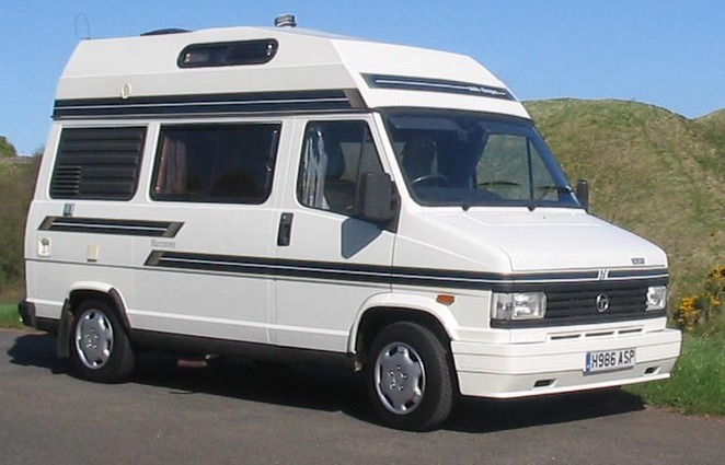 Picture of a larger campervan with a raised roof courtesy of Dick Penn @ Wikimedia