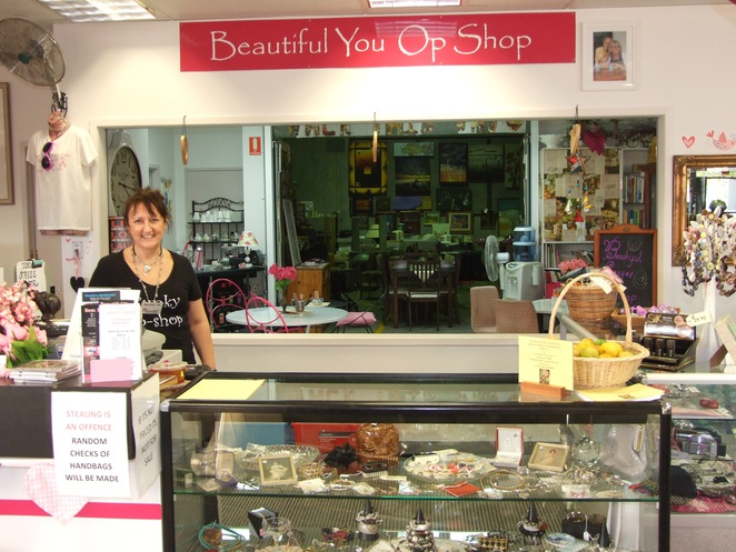 Cancer Charity, Op Shop, Funky, Arty, Treasures, Trinkets, Jewellery