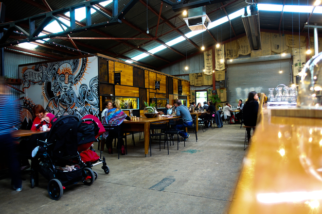 commonfolkcoffee,mornington,industrial,warehouse cafe