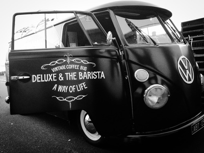 Deluxe & The Barista