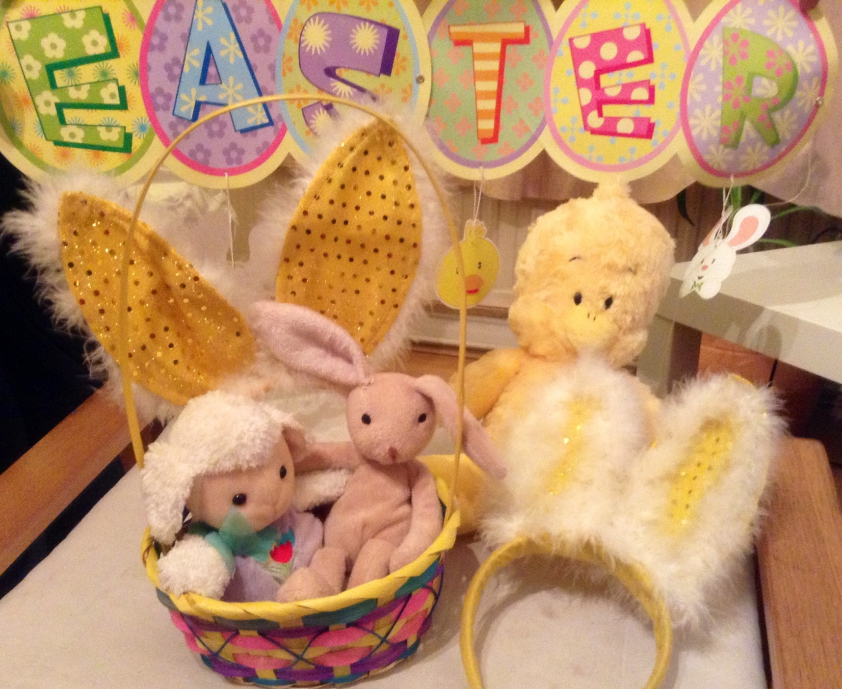 How to host an easter party everywhere easter decorations easter easter party easter party ideas easter banner make negle Images