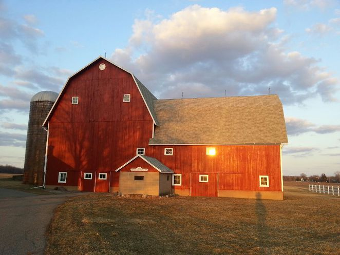 Michigan Barn, Skinner-Lundberg Barn, Dimondale
