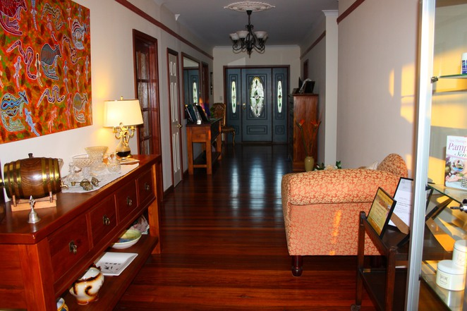 oakfield, balingup, bed and breakfast, hallway, port, interior