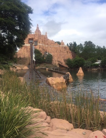 ride, movieworld, gold coast, holiday, wild west falls
