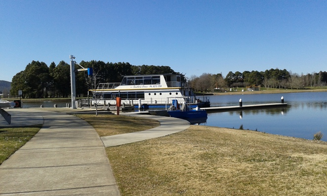 Southern Cross Cruises, Lake Burley Griffin, Snapper on the Lake, Fish and chips