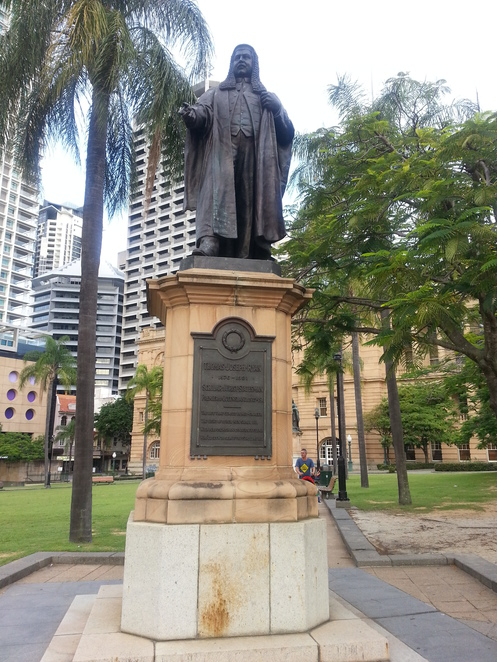 Statue of TJ Ryan, Queens Park, Brisbane, Brisbane Greeters