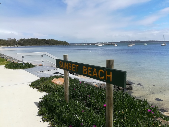 sunset beach, nelson bay, port stephens, swimming bays, beaches, family, kids, toddlers, safe swimming areas, soldiers point, soldiers point marina,