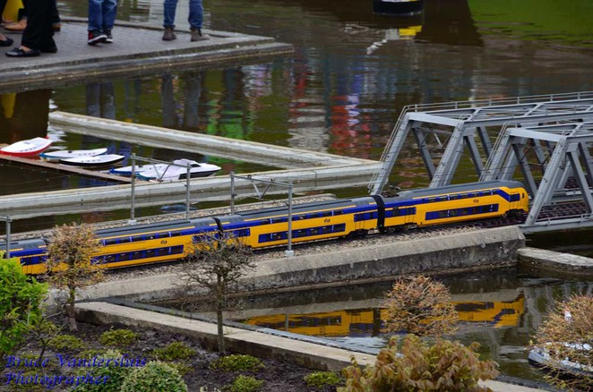 trains, madurodam, amsterdam, netherlands